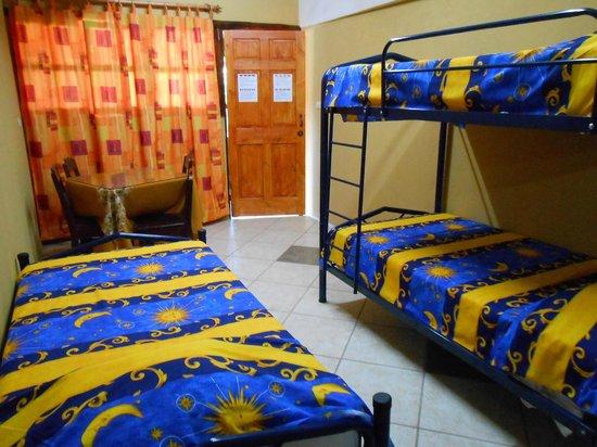 El Dorado Hostel : Room with 3 beds