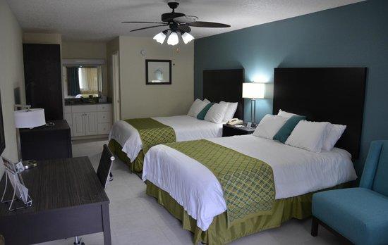 Cypress Cove Nudist Resort, 4425 Pleasant Hill Rd