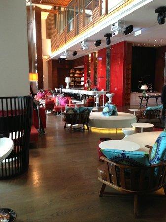 W Taipei : Hotel lobby.
