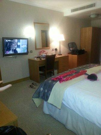 Ardencote : Lovely big bedroom