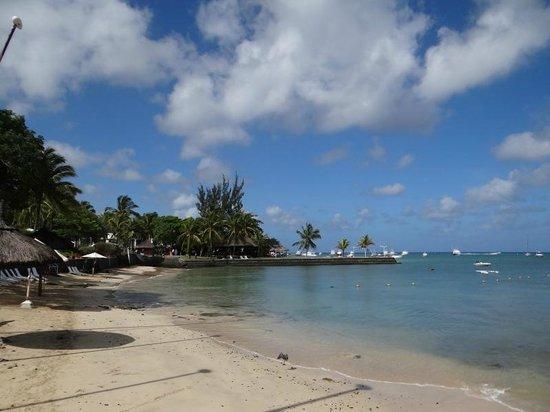 Mont Choisy Coral Azur Beach Resort : la spiaggia dell'hotel