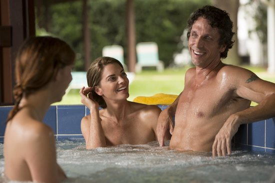 Cypress Cove Nudist Resort: Enjoy a hot tub with friends