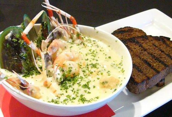 Emberz Restaurant: Seafood Chowder