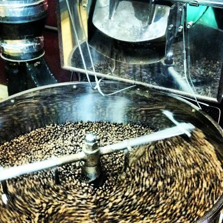 StoneHouse Coffee & Roastery: Coffee beans after they were roasted