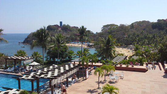 Las Brisas Huatulco: another view