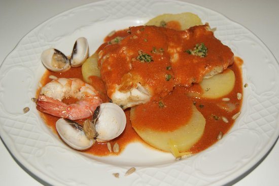 Cafe 2012 RX Lounge: New Years Eve main cours 2013.Filet of cod with american sauce and seafood.