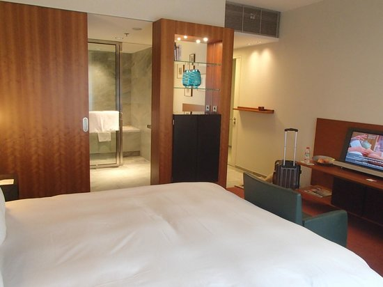 Grand Hyatt Berlin: Room 349