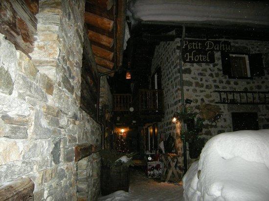Hotel Petit Dahu : Notte al Petit Dahu