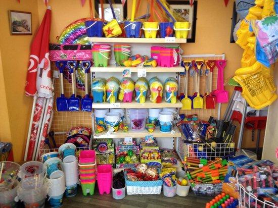 Chalkwell Beach: This is the place to buy your beach stuff Sandbanks Kiosk Chalkwell