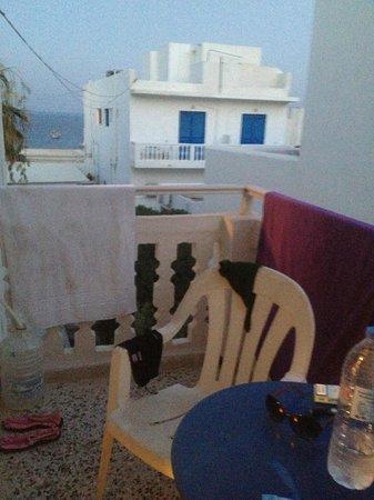 Kamari Blu Hotel : Balconcino