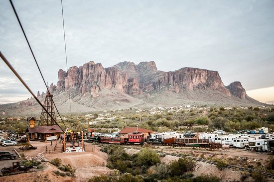 Apache Junction, AZ: At the top of the Superstition Zipline