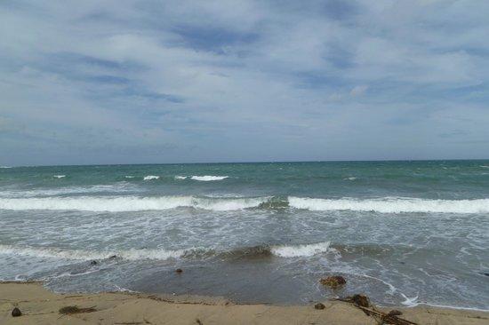 Ramayana Resort & Spa: Kuta Beach - walking distance