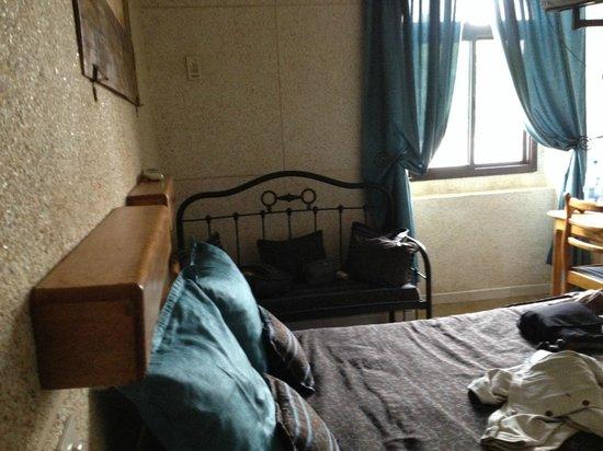 Hotel de la Poste: Cozy, clean and comfortable