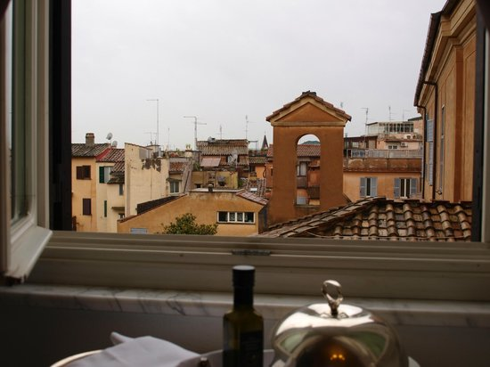 Hotel Majestic Roma : view from room 420