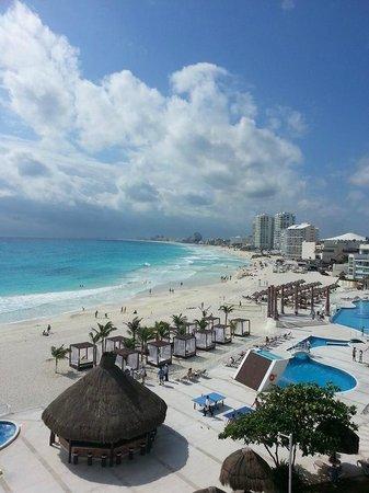 Krystal Cancun : Awesomee