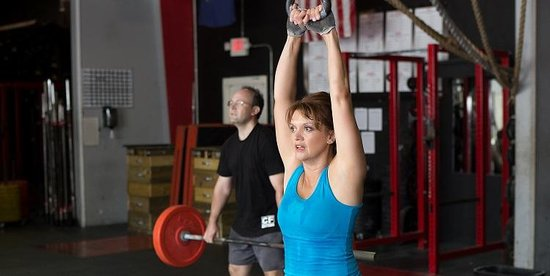 The Training Box and CrossFit Estero : Working out in the gym (aka box).