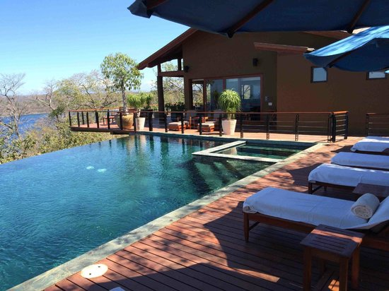 Four Seasons Resort Costa Rica at Peninsula Papagayo: Casa la Luna Pool and Deck Area