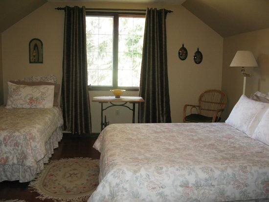 Country Comfort Bed & Breakfast: bedroom