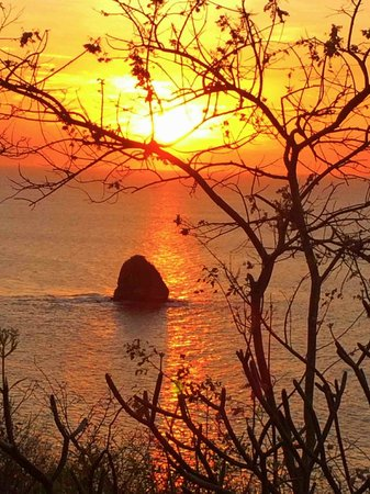 Four Seasons Resort Costa Rica at Peninsula Papagayo: Casa la Luna sunset