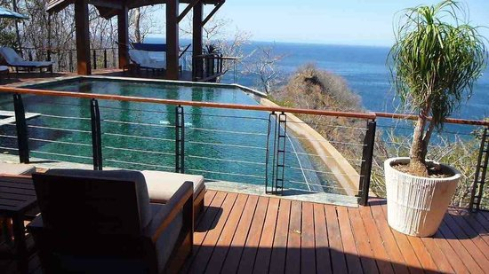 Four Seasons Resort Costa Rica at Peninsula Papagayo: Pool area at Casa la Luna