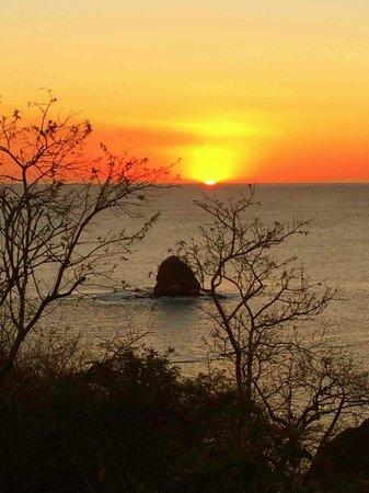 Four Seasons Resort Costa Rica at Peninsula Papagayo: Sunset at Casa la Luna