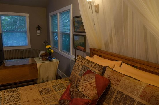 Meranova Guest Inn : The Cottage