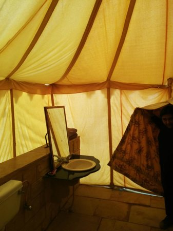 Prince Desert Camp : Bathroom