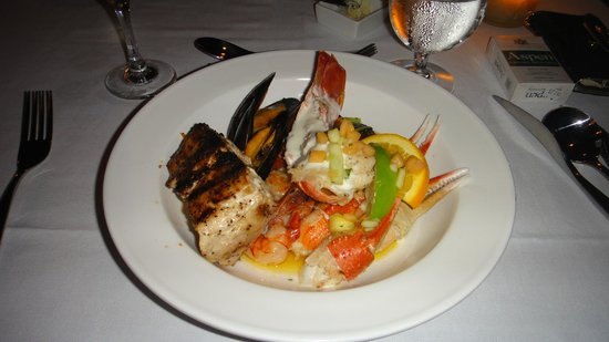 Sandals Royal Bahamian Spa Resort & Offshore Island : Meal from Gordon