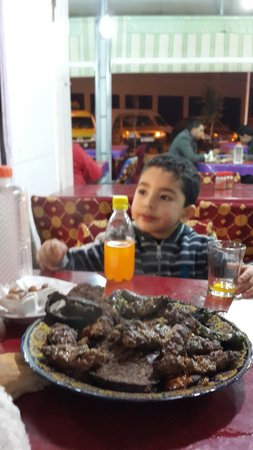 Restaurant dar hatim: السلام
