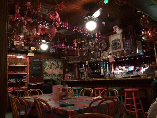 Maggie's Restaurant : Maggie's bar area
