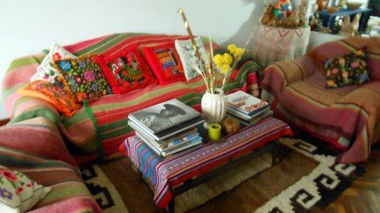 Kusillo's Posada: Lounge