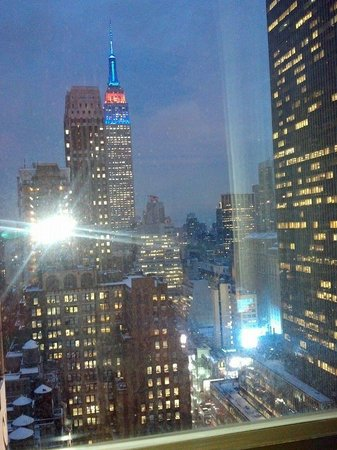 The New Yorker A Wyndham Hotel : View from window