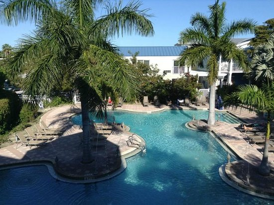Fairfield Inn & Suites Key West: Pool.  It was SO pretty - like a resort