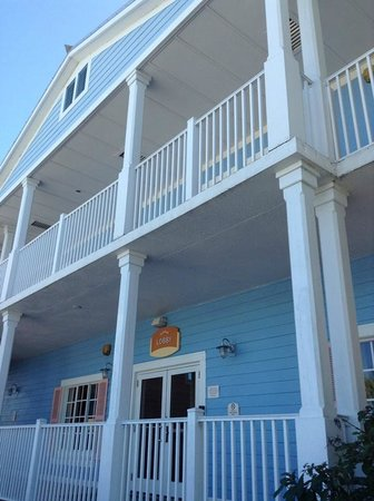 Fairfield Inn & Suites Key West : Love the Key West decor