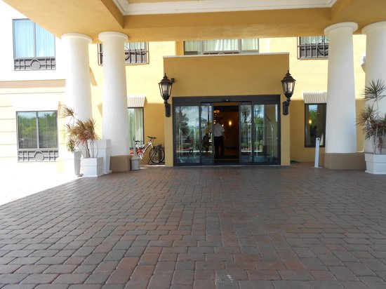 Holiday Inn Express Hotel & Suites Orlando - International Drive: frente