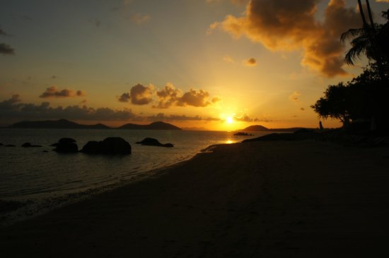 Kamalaya Koh Samui: Fantastic Kamalaya Sunsets from the beach