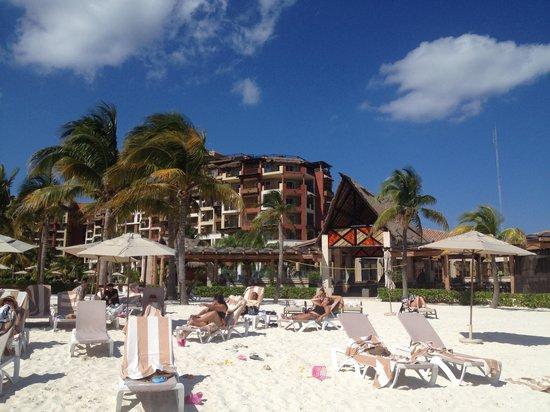 Villa del Palmar Cancun Beach Resort & Spa: Resort from beach
