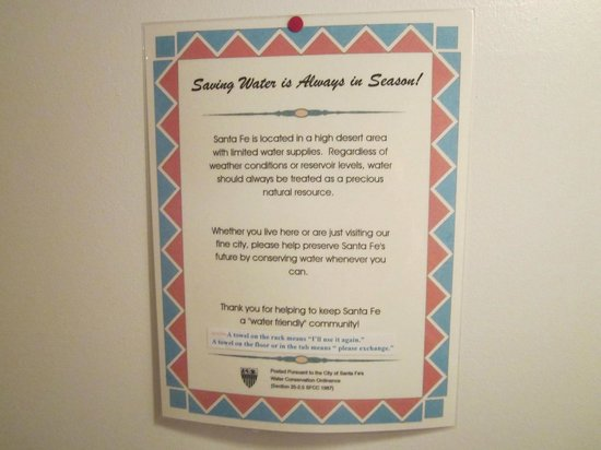 The Guadalupe Inn: Sign in the bathroom