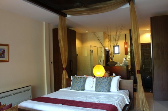Koh Chang Cliff Beach Resort: room #804