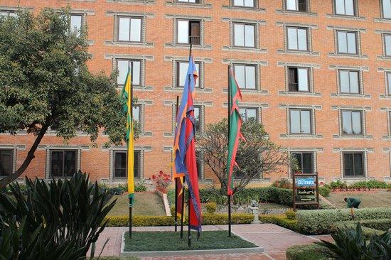 Crowne Plaza Kathmandu-Soaltee: ホテルの外観