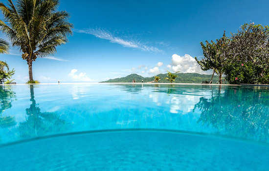 Ambon, Indonesien: Swimming pool