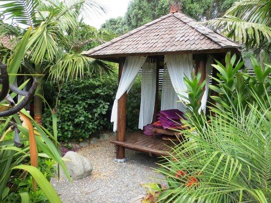 Secret Garden: Individual pavilions