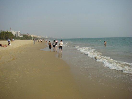 Palm Beach Resort & Spa Sanya: Пляж