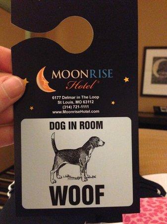 Moonrise Hotel : Door hanger