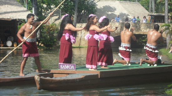 Polynesian Cultural Center: Canoe Pageant