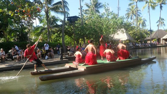 Polynesian Cultural Center: Canoe Pageant