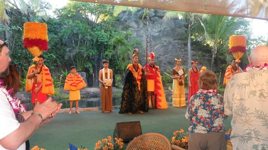 Polynesian Cultural Center: at the Luau - show