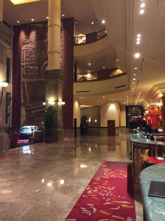 Millennium Hotel Sirih Jakarta: Nice Lobby