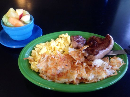 We Three Bakery & Restaurant: Steak & Eggs break!
