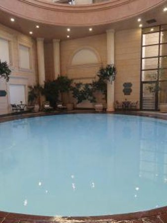 Michelangelo Hotel: This beautiful round pool under the dome is fabulous
